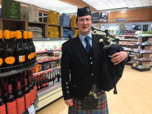 Bagpiper for Hire in Windermere