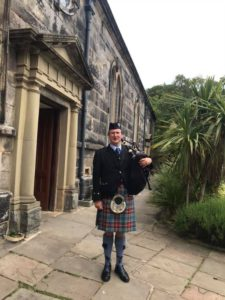 Scottish Bagpiper for weddings- in Poulton-le-Fylde (Poulton)